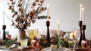 Table decoration ideas for Christmas in Singapore: Create a rustic Christmas table with Cluster-Cluster