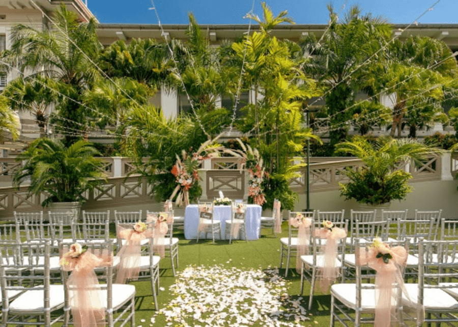 Hotel-Fort-Canning-outdoor-wedding-singapore