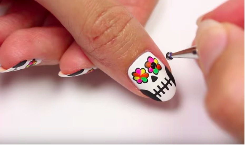 Halloween Nail Art Mummy Frankenstein Cemetery And Creepy Designs For Your Talons