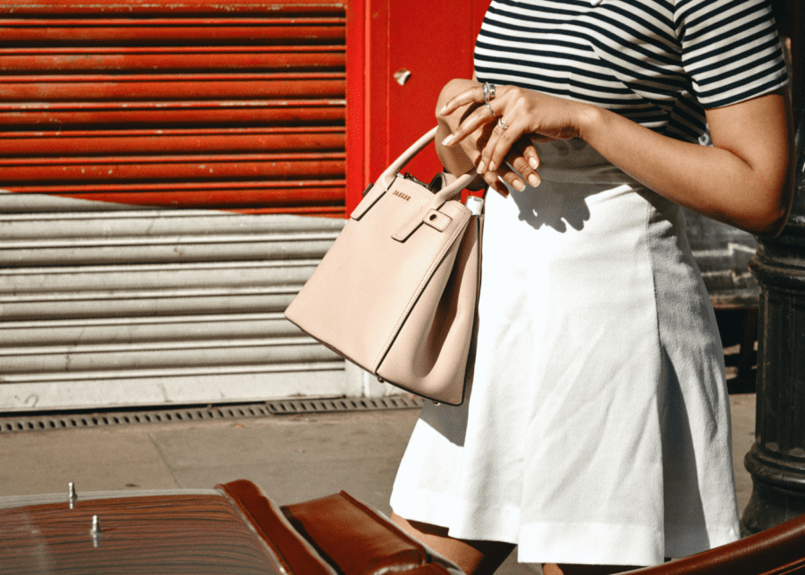 woman carrying bag | bag cleaning