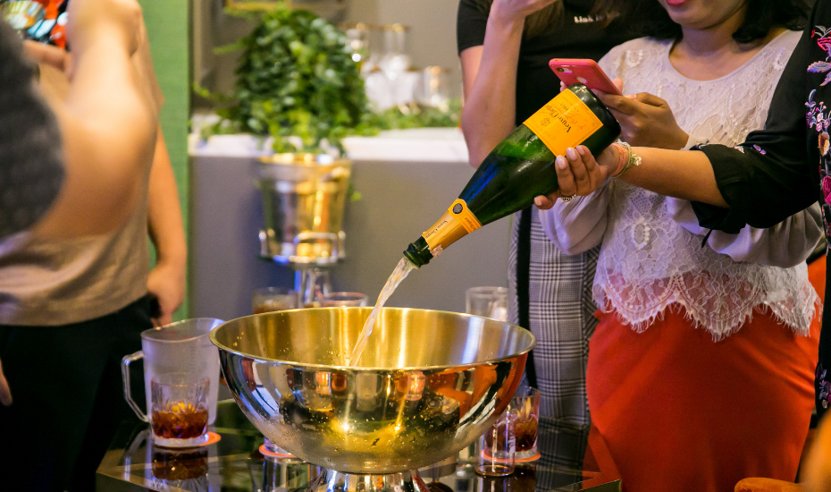 Jam at Siri House workshop teaches you how to nail the Negroni and punch bowl