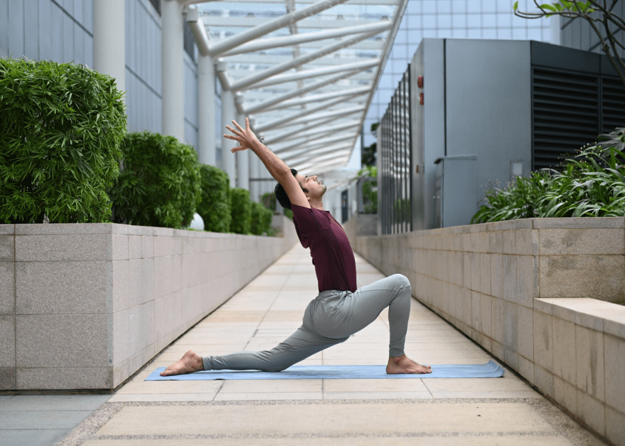 Yoga in Singapore: Platinum yoga