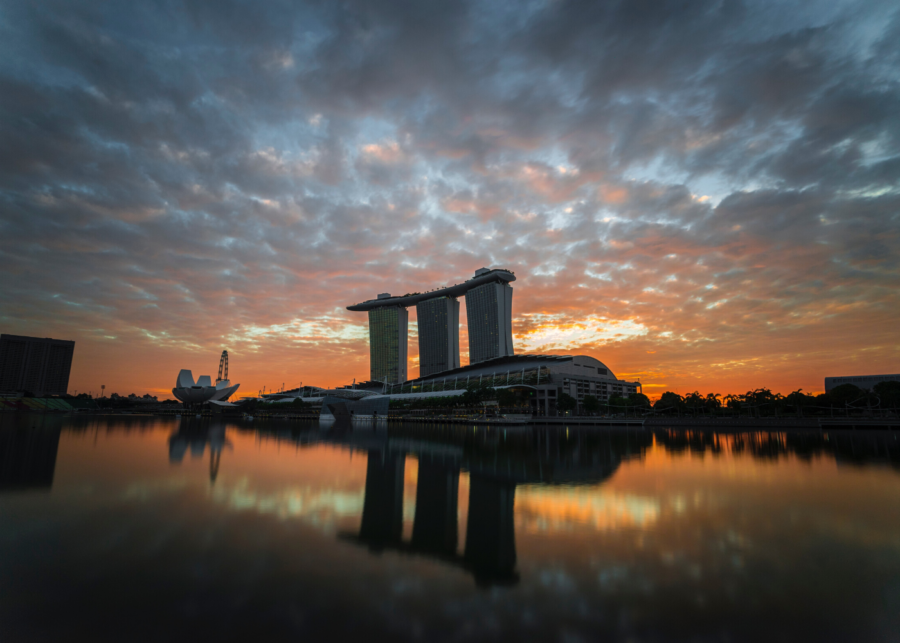 sunrise in singapore marina bay