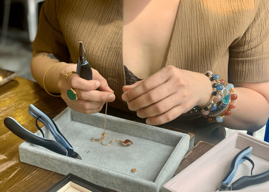 Shu on the power of crystal healing and style