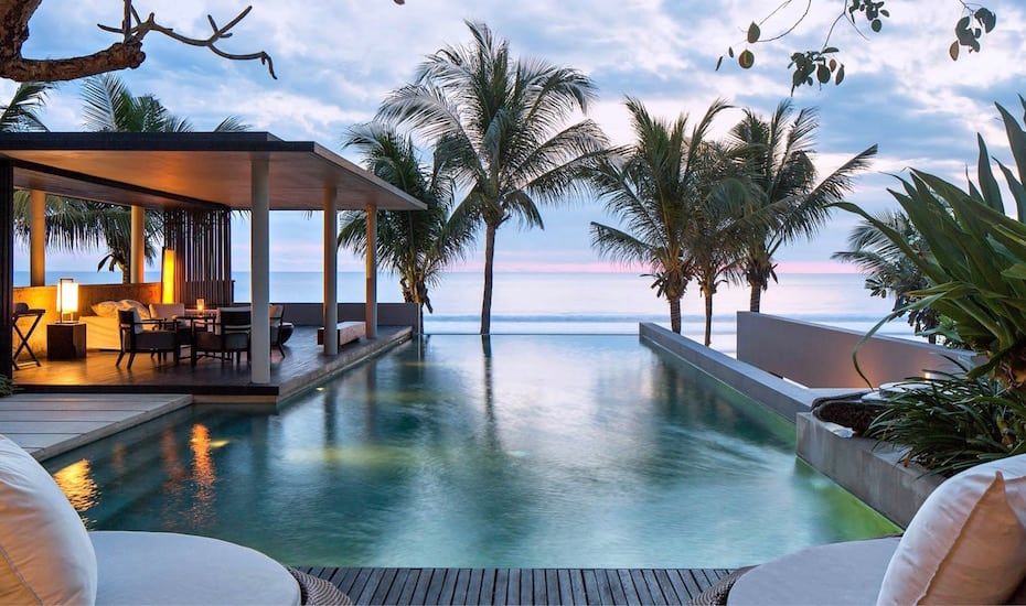 Beachfront infinity pool at Soori Bali in Tabanan - Indonesia