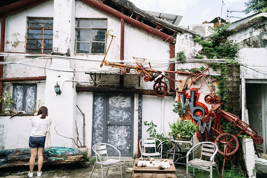 peng chau antique shops